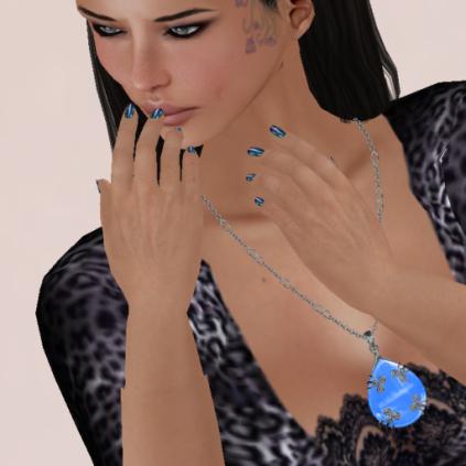 La Boehme Abalone Slink Nails