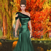 Hannah in Emerald